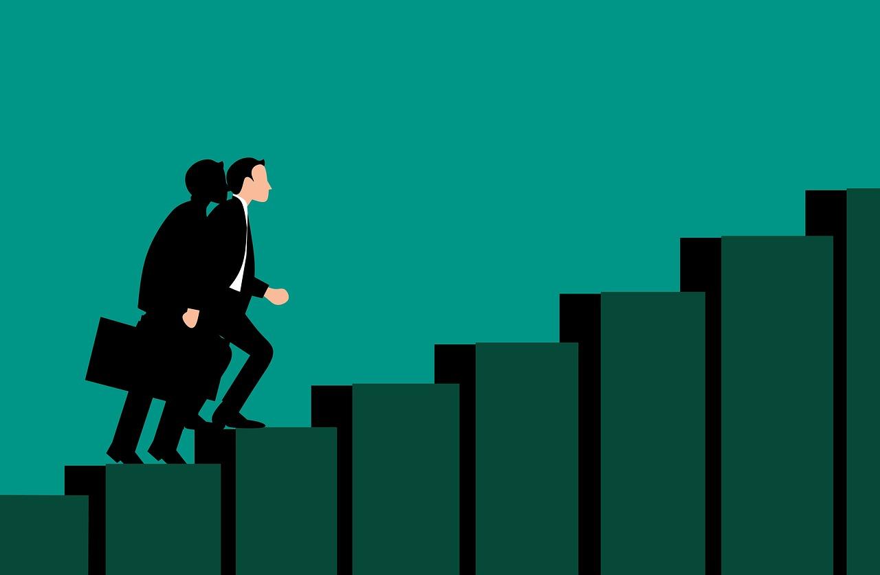 【20代向け】20代の投資/資産形成。20代は仕事のキャリアアップを考えた方が良い